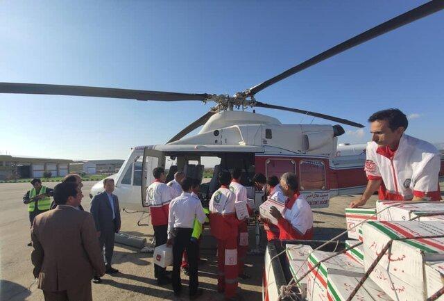 امداد رسانی به هشت روستای لامرد به وسیله بالگرد